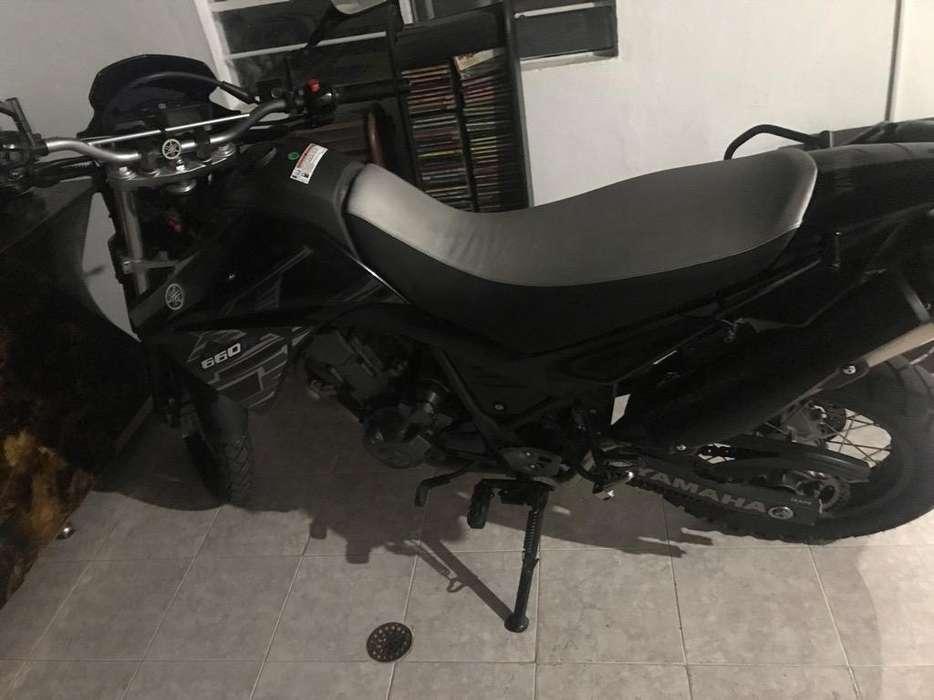 Vendo Moto Yamaha 660 Modelo 2017 Negra