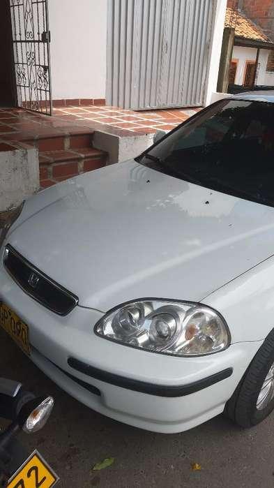 Honda Civic 1996 - 200000 km