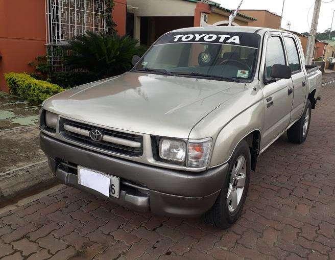 Toyota Hilux 2002 - 600000 km