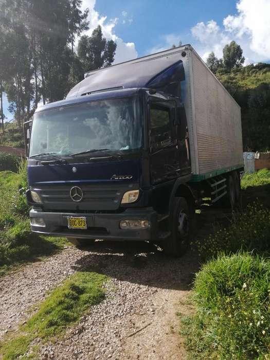 Mercedes Atego 2425