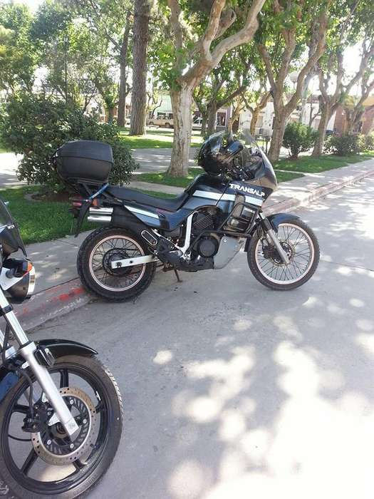 Honda Transalp 89 titular vende 600cc
