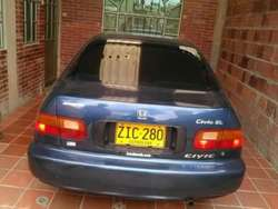 Vendo Honda Civic Interesados Llamar Al