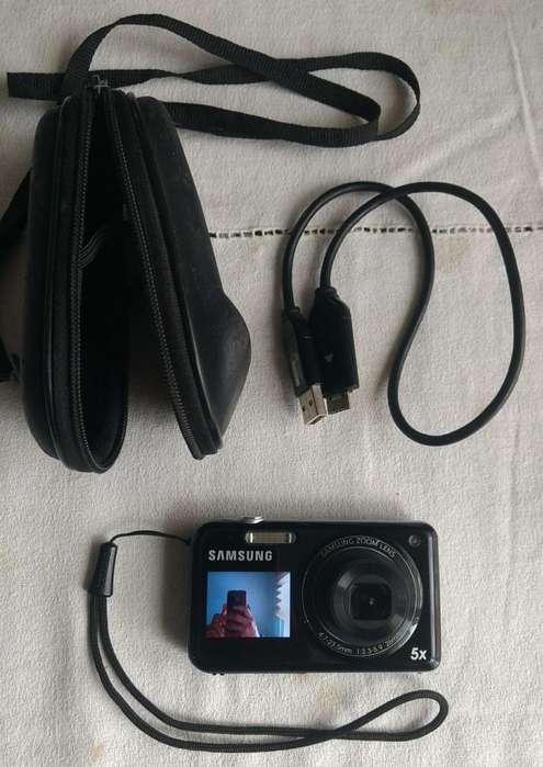 Cámara digital Samsung PL120 14,2 megapíxeles con doble pantalla LCD para selfies Estuche Cable