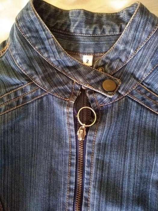 Campera T2 Mujer Jean Azul entallada use en desfile perfecta