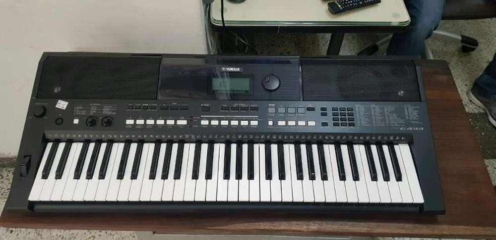 Organeta Yamaha E433