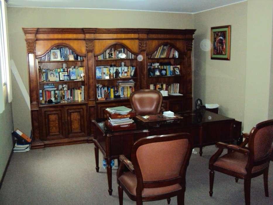 Oficina de Venta en el Centro de Guayaquil