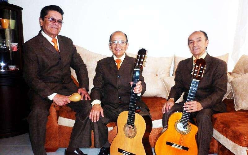 Trios para Serenatas en Bogotá WhatsApp/Cel: 3112381109