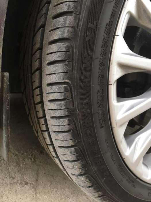 Rines16 Ford Fiesta Titanio con Llantas