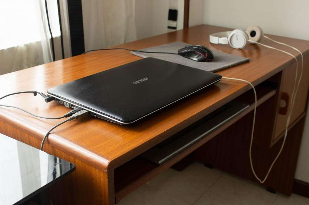 <strong>escritorio</strong> grande perfecto estado
