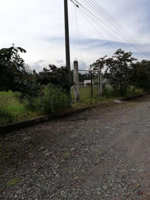 Terreno en venta sector los Cuarteles Valle de los Chillos Eloy Alfaro