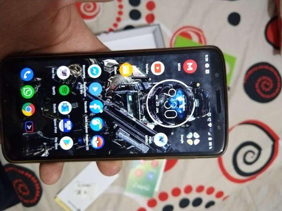 Vendo Moto G6 Plus con Todo Original