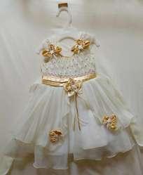 Vendo Hermoso Vestido para Bautizo