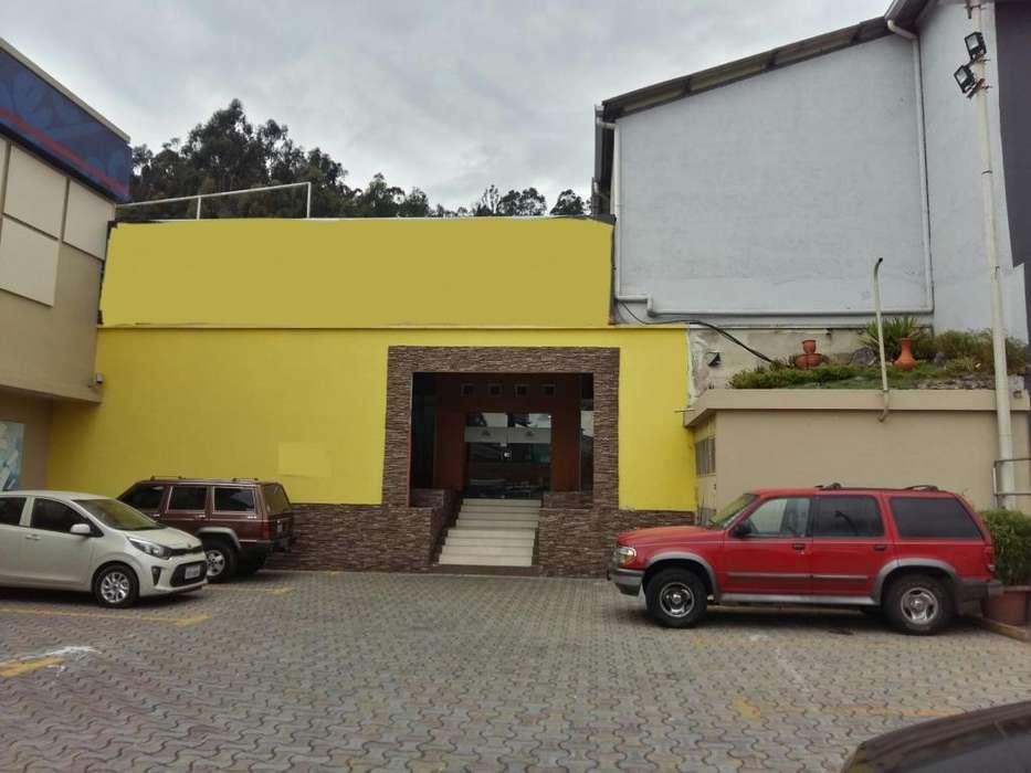 ARRIENDO LOCAL COMERCIAL 670M2 GRANADOS