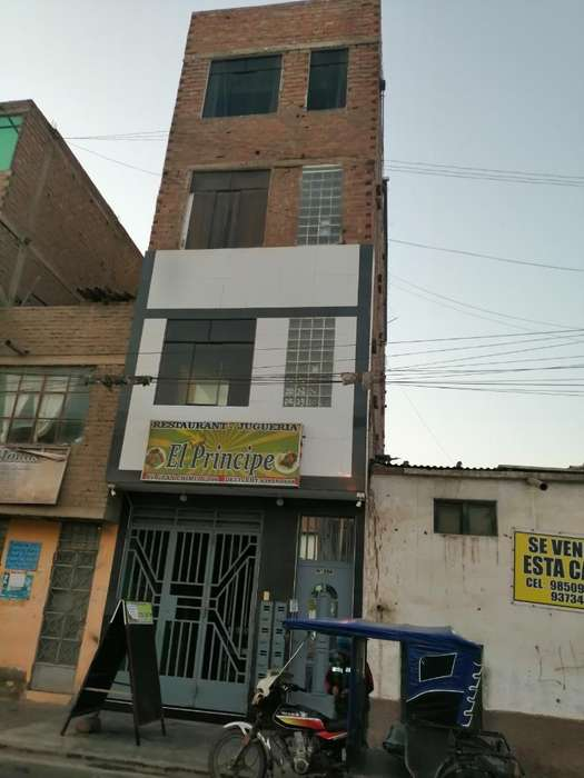 Vendo Edificio en Zona Comercial