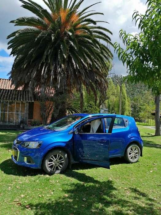 Chevrolet Sonic 2017 - 14000 km