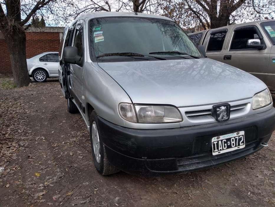 Peugeot Partner 2009 - 111111 km