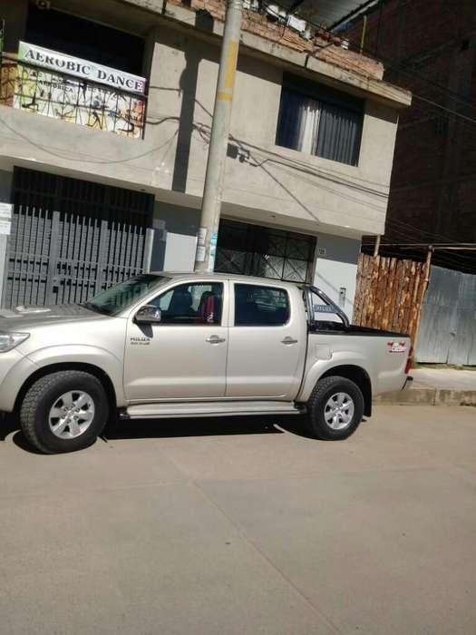 Toyota Hilux 2013 - 71000 km