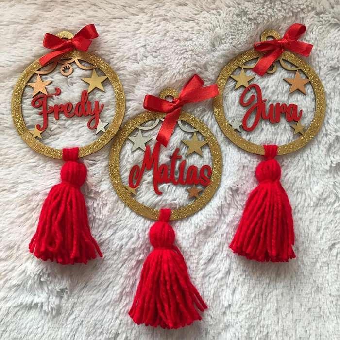 Bolas navideñas personalizadas en madera