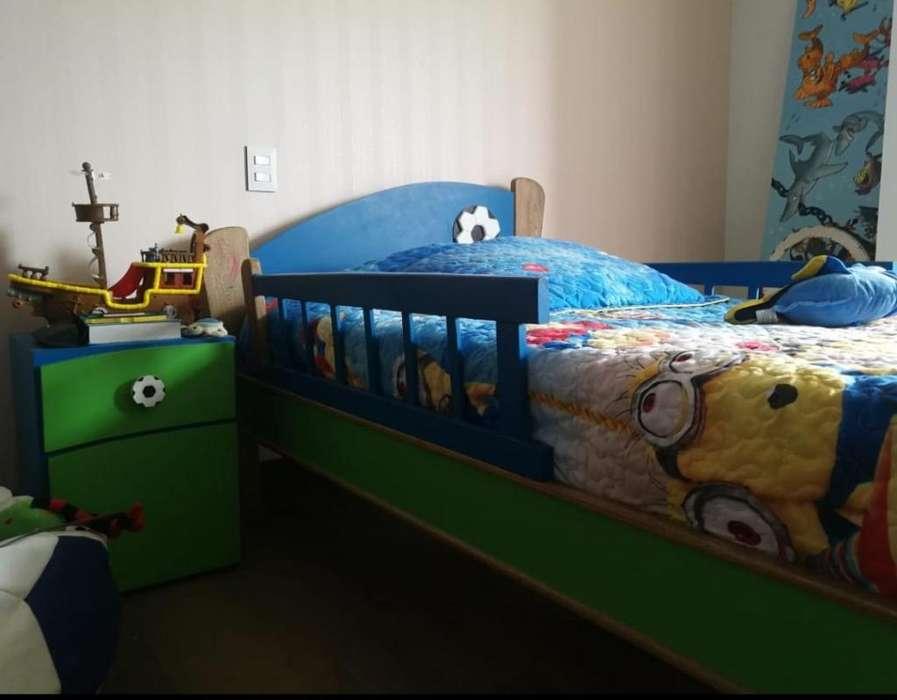 Cama Niño con 2 Mesas de Noche de Jamar