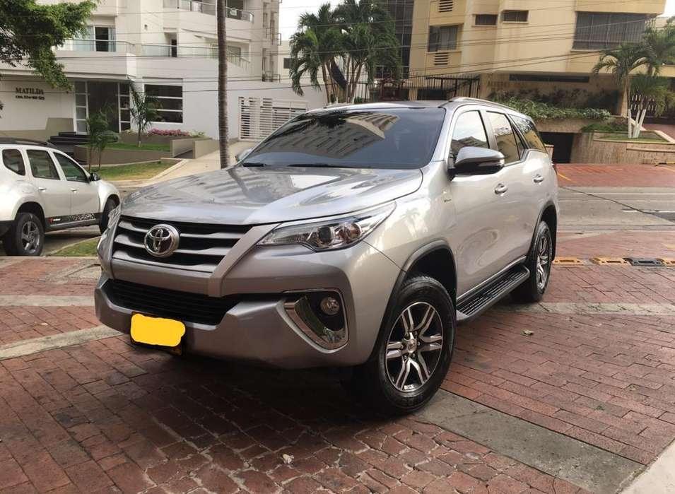 Toyota Fortuner 2017 - 13000 km
