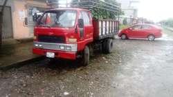 se vende camion marca daihatsu en muy buen estado...
