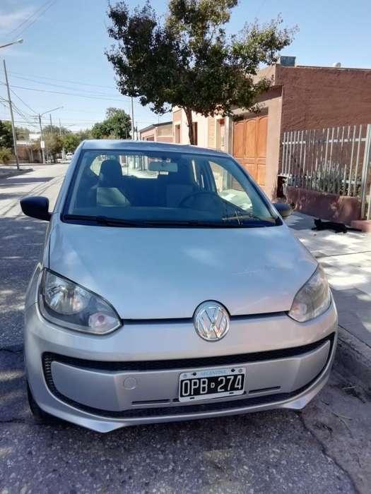 Volkswagen Up! 2015 - 93000 km