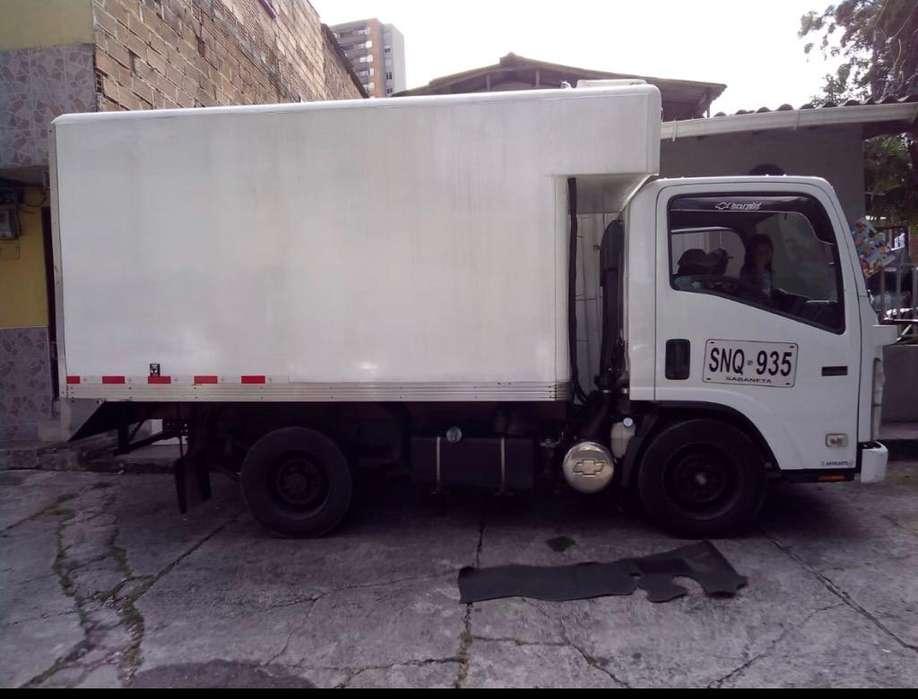 Camion Furgon Nhr