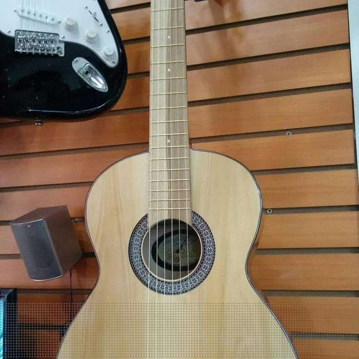 <strong>guitarra</strong> Acustica Clasica