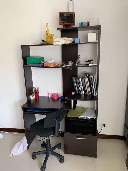 Mueble para PC con <strong>silla</strong>