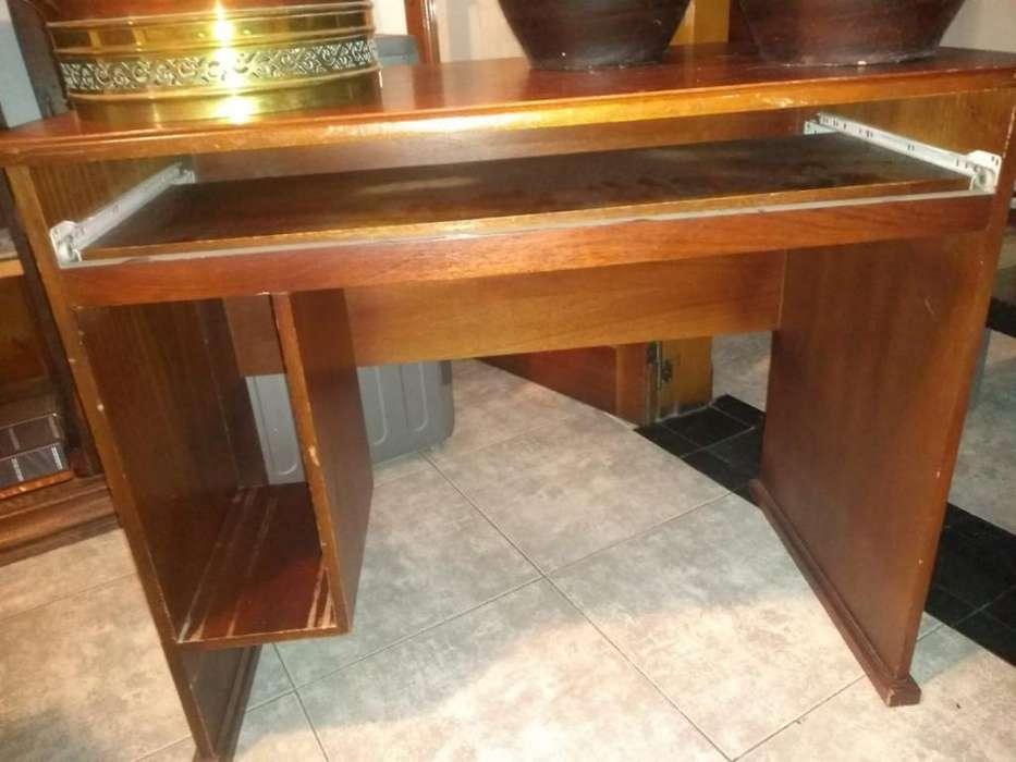 <strong>escritorio</strong> de Madera Escucho Oferta
