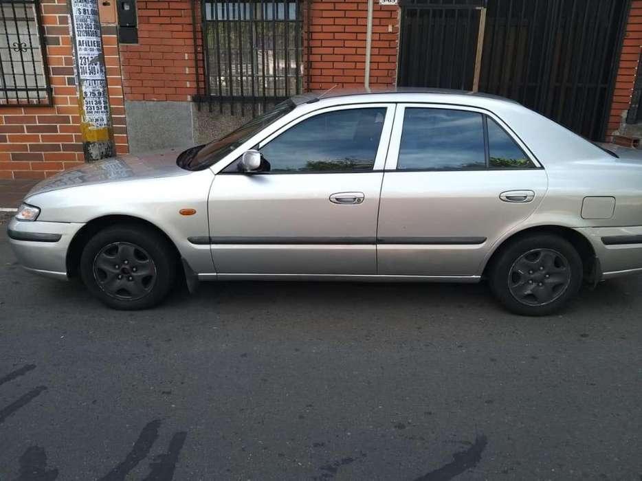 Mazda 626 1998 - 200000 km