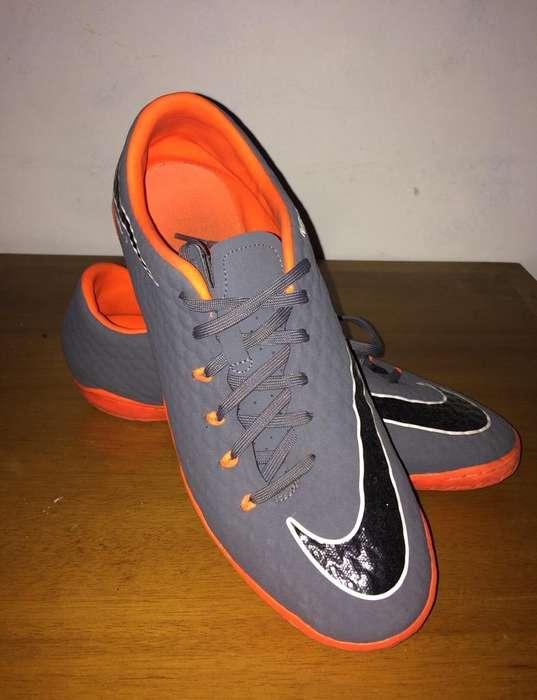 Guayos de Sintetica Nike Originales