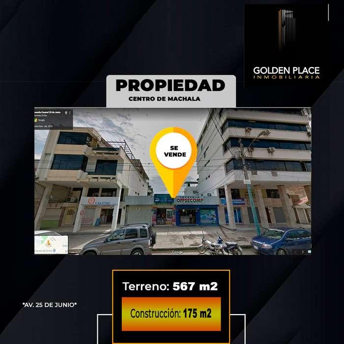 REMATE DE PROPIEDAD EN AV. 25 DE JUNIO ( CON LOCALES DE ARRIENDO)