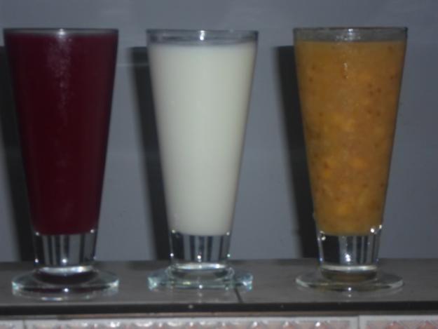 Venta de Champus, zumo de uva, empanadas, hojaldras y se dictan clases de culinaria basica
