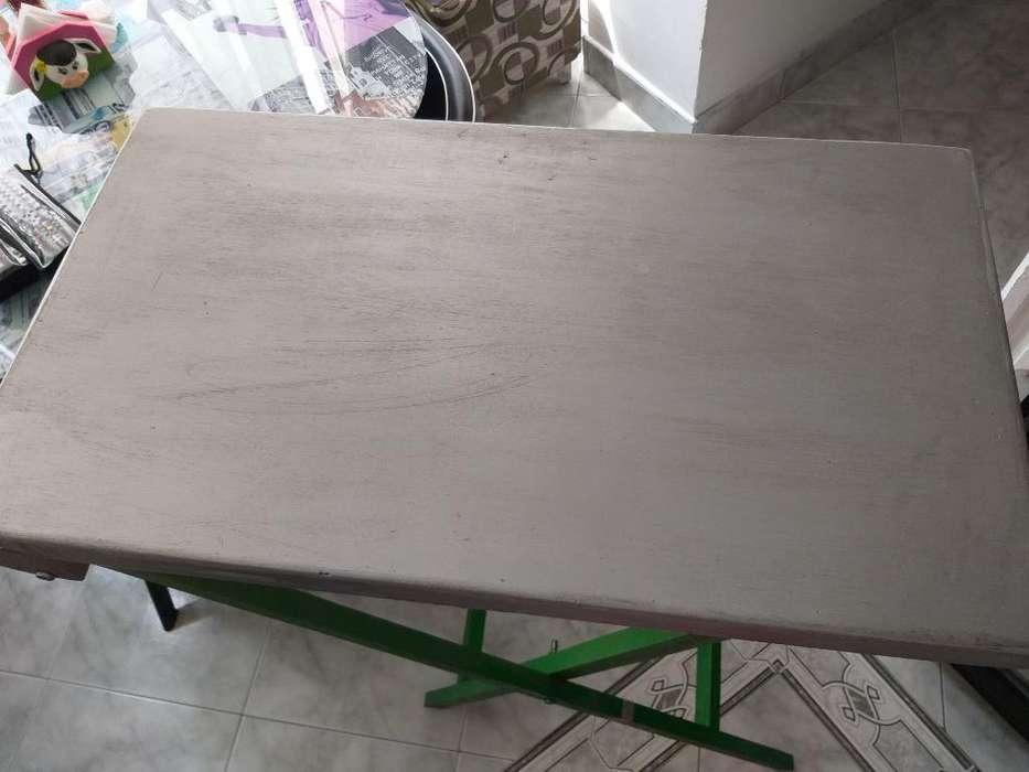 Mesa en Madera Plegable