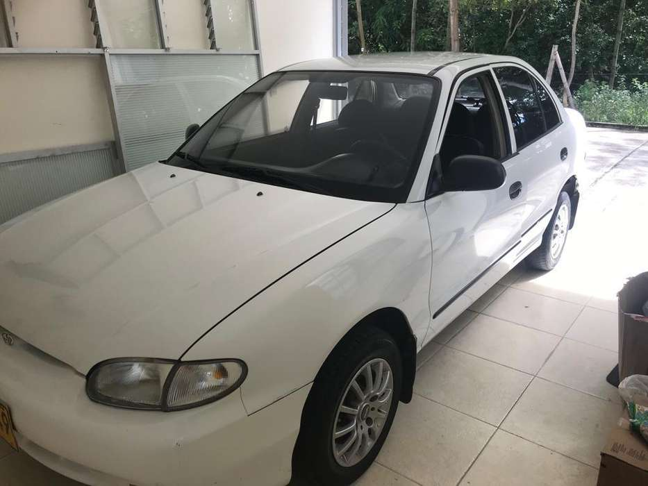 <strong>hyundai</strong> Accent 1998 - 100000 km
