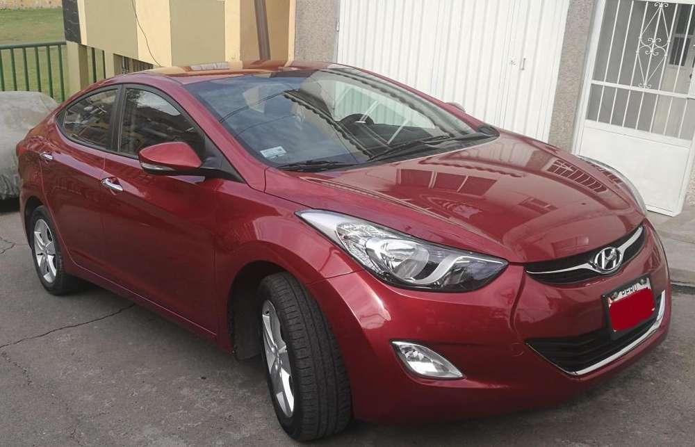 Hyundai Elantra 2013 - 32000 km