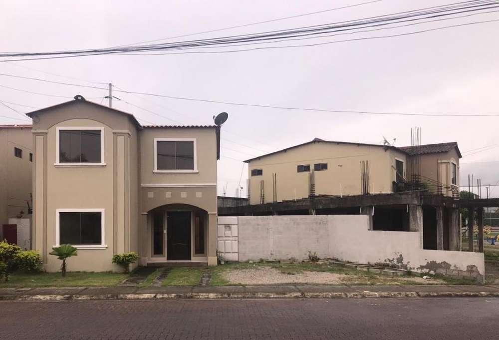 Venta de Casa en la Urb. La Joya, etapa Diamante, Cerca del C.C River Plaza, Aurora