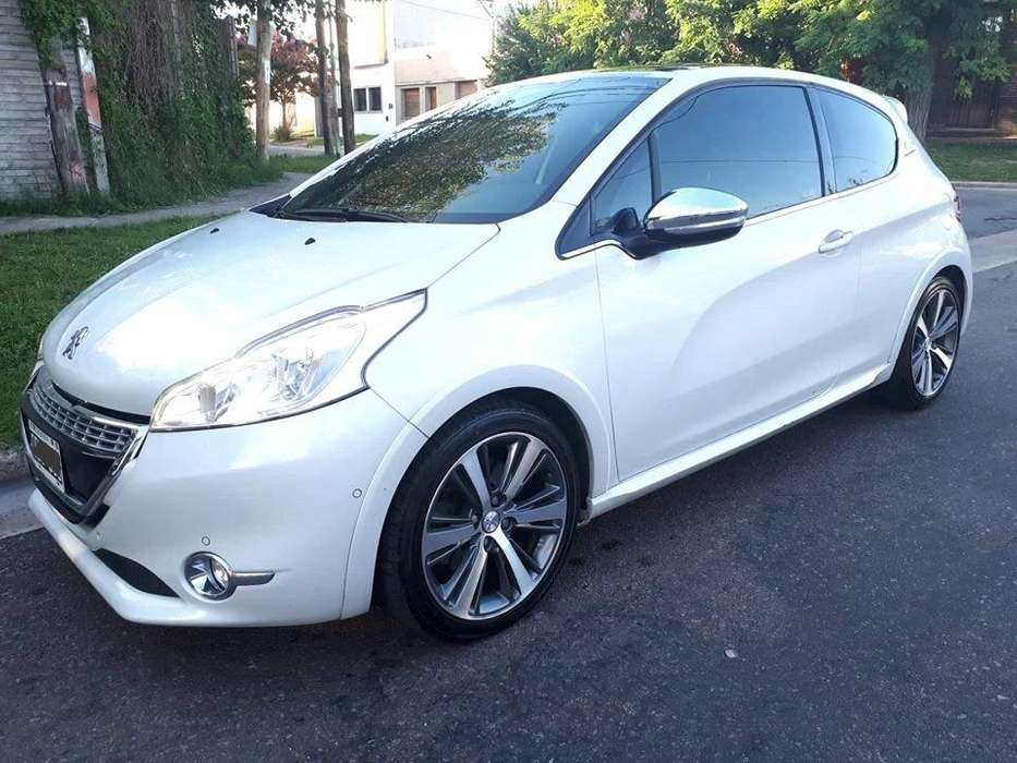 Peugeot 208 2014 - 70000 km