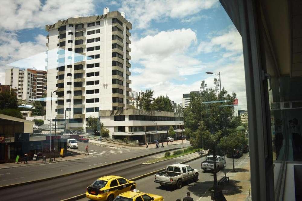Oficina de Arriendo Amoblada 350 m² en La Av 6 de Diciembre y Bossano