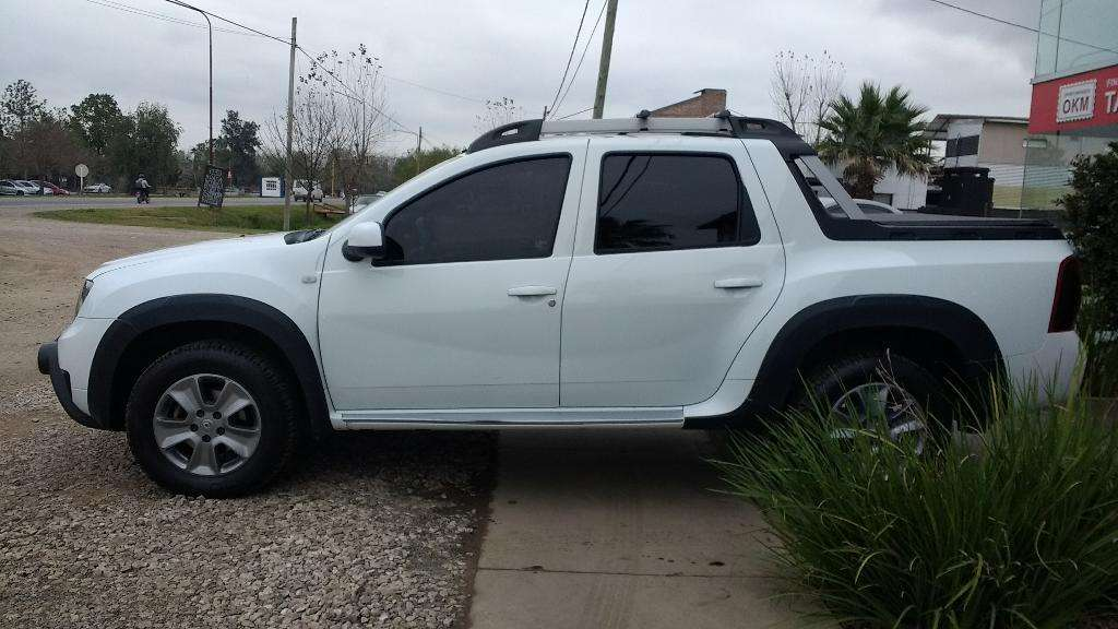 Renault Duster Oroch Outsider Plus