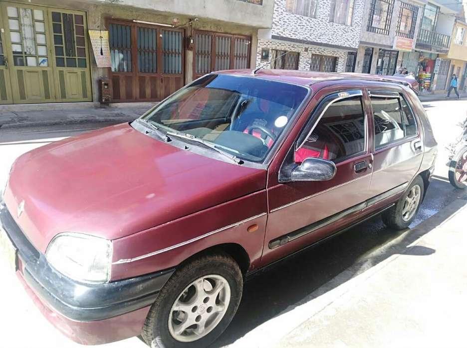 Renault Clio  1997 - 187 km
