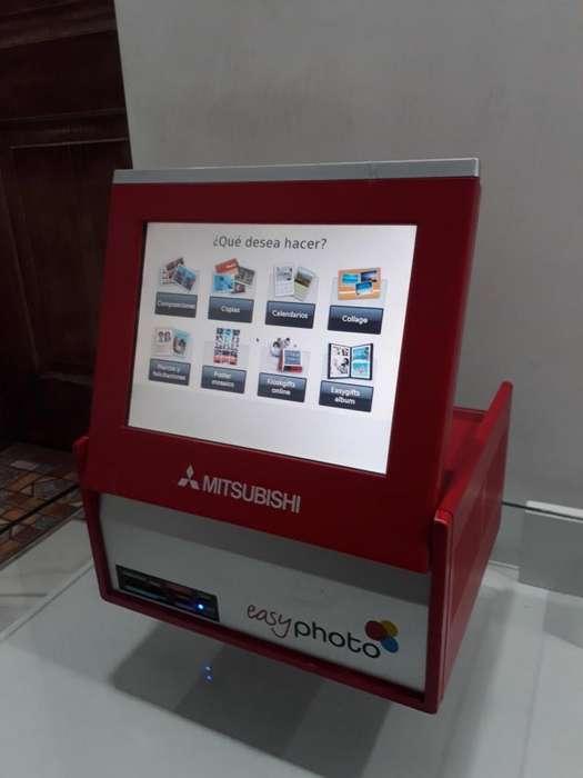 COMPUTADOR Y MONITOR EASY PHOTO Mitsubishi Tactil Para Impresora Digital Fotográfica Mitsubishi Cp-d70dw-s