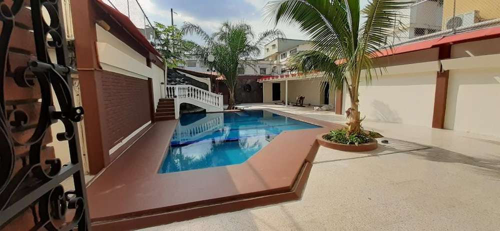 Alquiler de Casa en Alborada para oficina Guayaquil