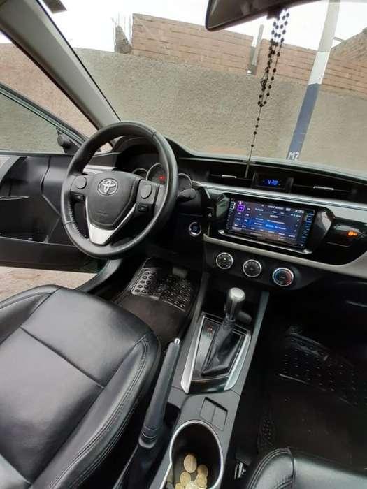 Toyota Corolla 2015 - 79000 km