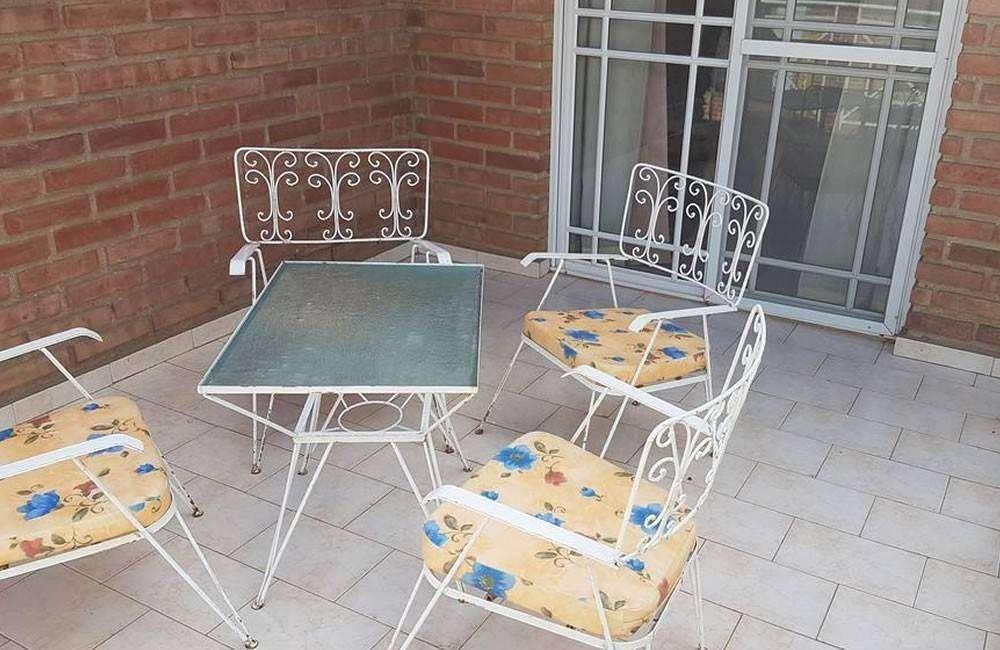tf15 - Cabaña para 2 a 4 personas con pileta y cochera en Villa De Merlo