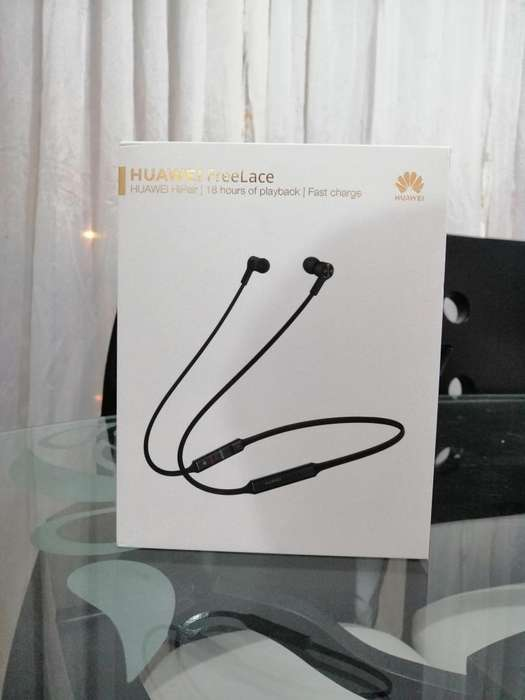 Auriculares Bluetooth marca Huawei Freelace