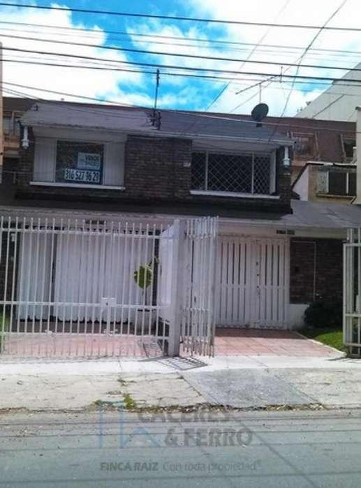 Casa En Venta En Bogota Bella Suiza-Usaquén Cod. VBCYF19664