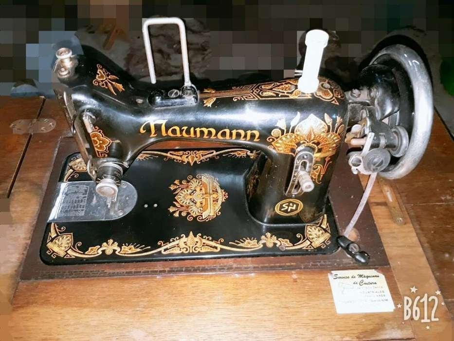 Maquina de Coser Y Bord Alemana Año1930