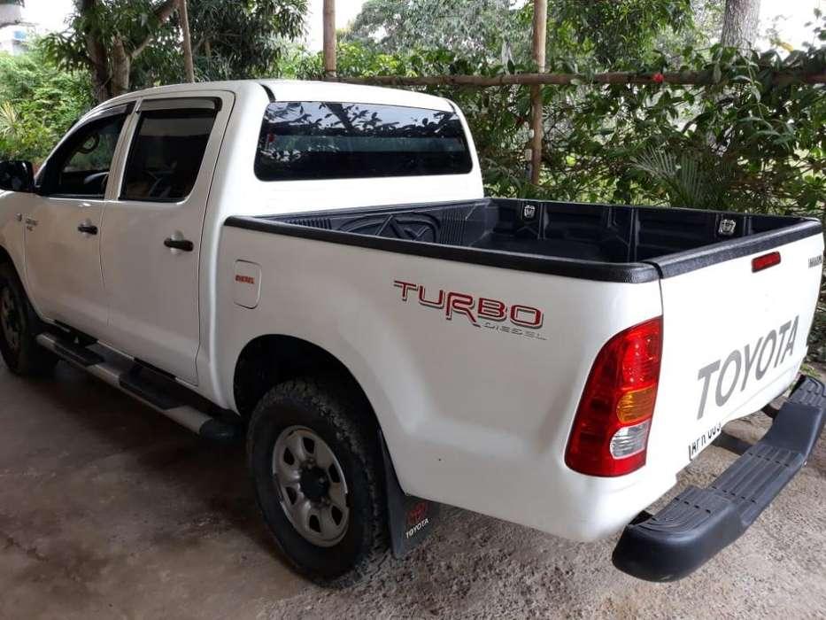 Toyota Hilux 2007 - 312000 km
